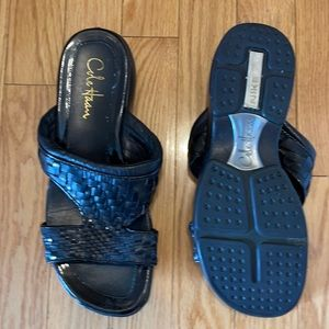 Cole Haan NIke AIr slides size 8 W